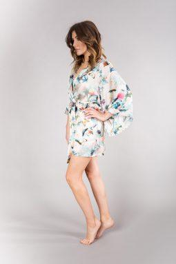 jedwabne kimono w motyle