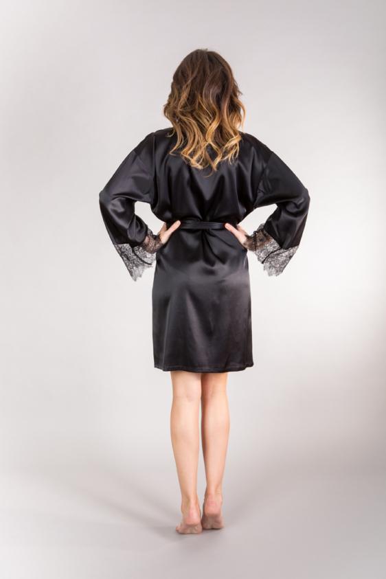 zmysłowe czarne kimono